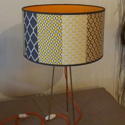 lampe avec fil électrique torsadé