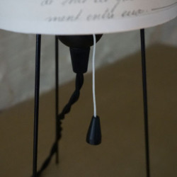 Abat-jour et lampe avec douille et interrupteur à tirette