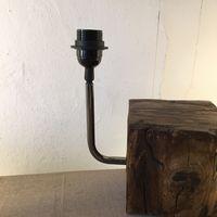 bras coudé pour création de lampe